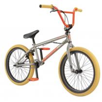 Bicicleta bmx de GT, modelo...
